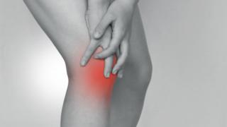 膝の痛みイメージ